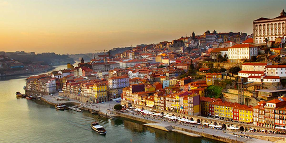 Numa casa portuguesa fica bem…